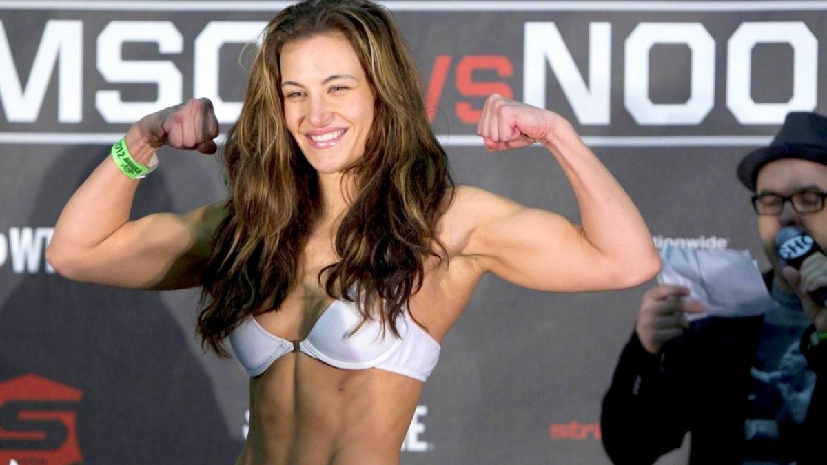 5 Petarung Wanita MMA Paling Seksi