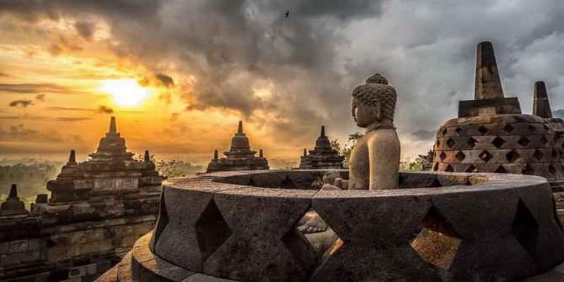 10 Warisan Budaya Indonesia Yang Diakui Unesco Selain Candi