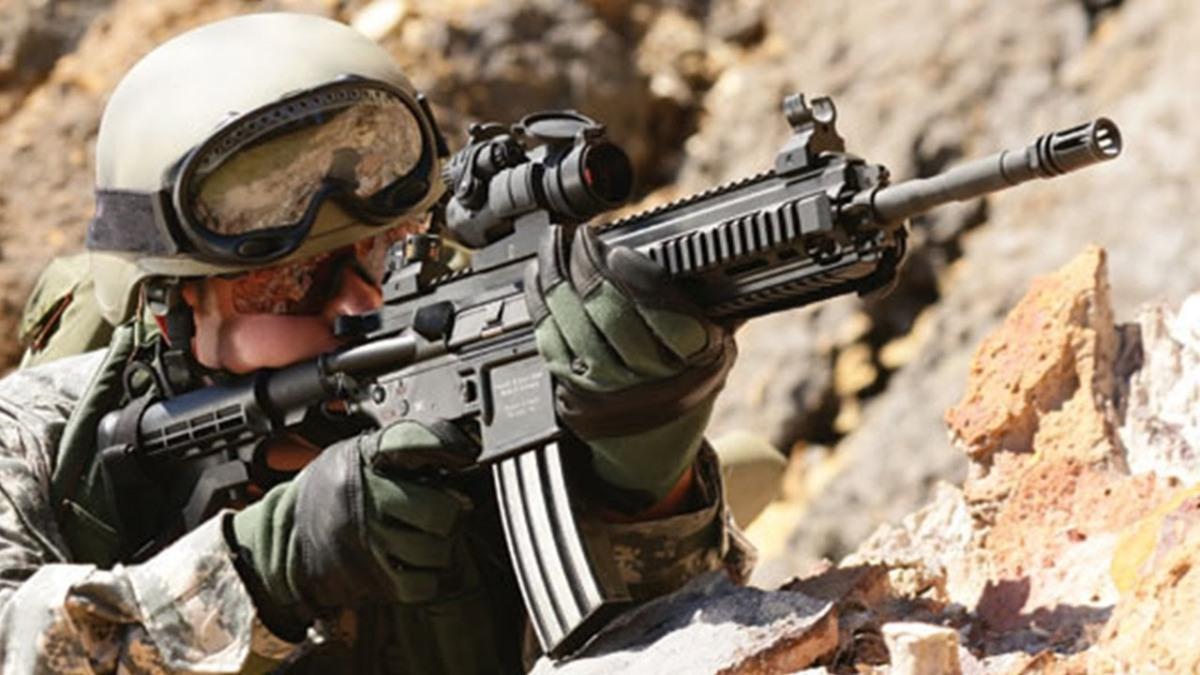 9 Jenis Senjata Yang Sering Di Gunakan Pasukan Militer