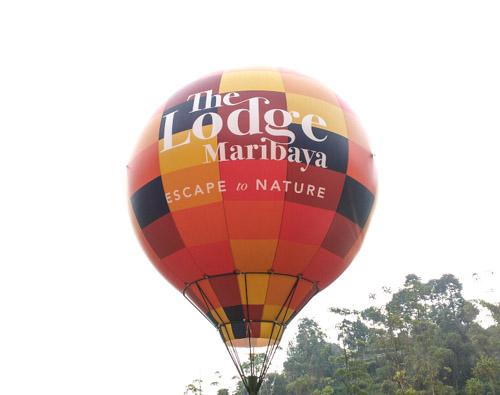 Tiak Perlu Keluar Negeri, Kamu Bisa Rasakan Naik Balon Udara di Lembang