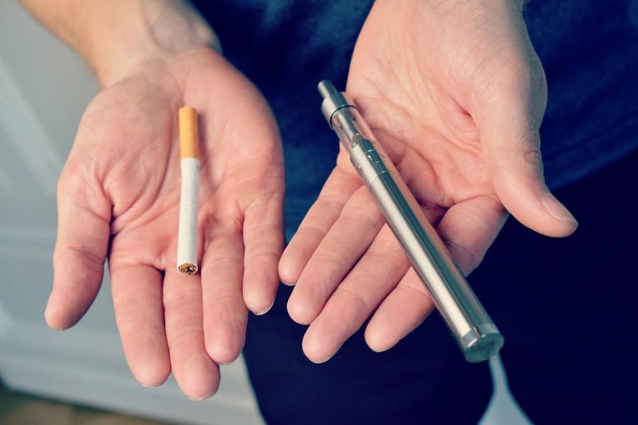 Perbedaan Antara Vapor dan Roko Tembakau, Manakah Yang Lebih baik
